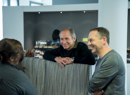 7 - Bernd Eigenstetter, Managing Director (right) and Tom Schönherr, Managing Partner, support as mentors from Phoenix Design.