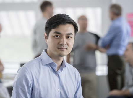 1 - Yifan Zhang, General Manager China bei Phoenix Design